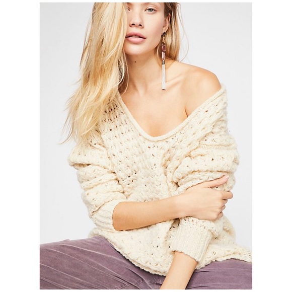 4989925ce HP🎉Free People Crashing Waves Pullover Sweater